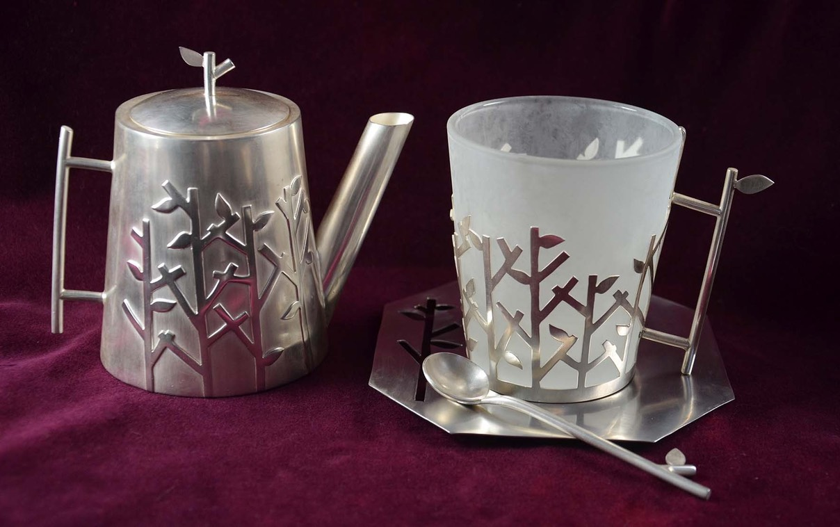 The Privet Tea Set